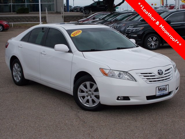 Pre-Owned 2009 Toyota Camry LE
